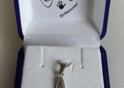 Osobní šperk 3D Memories z 3D odlitku nožičky - bílé zlato