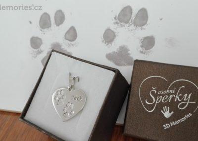 Osobní šperk z otisku psích tlapiček - srdíčko velké